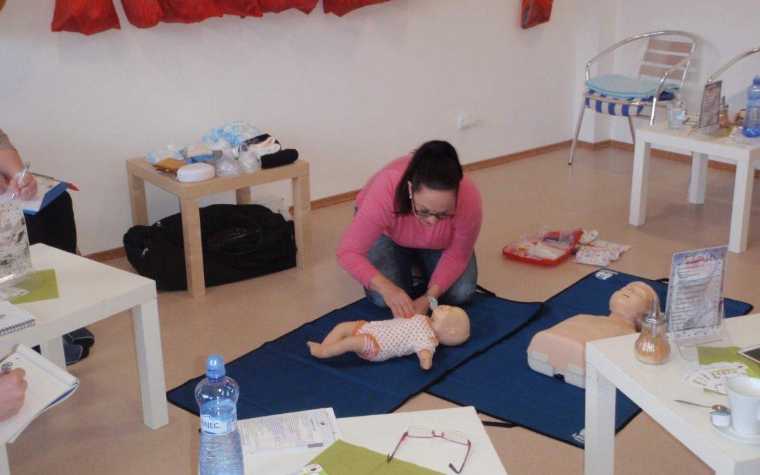 První pomoc u dětí a bezpečná domácnost